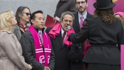 Assemblymember Bloom speaks at Planned Parenthood Rally